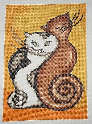"QUADRO RICAMATO A MANO ""Gattini""  PUNTO CROCE-CROSS STITCH"