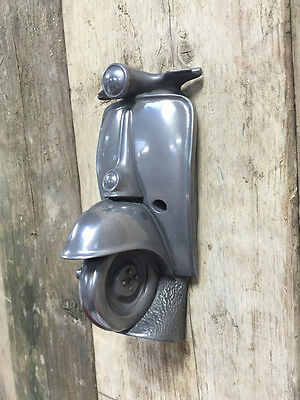 SCOOTER Present Bike Beer Bottle Cap Opener COKE Classic VESPA LAMBRETTA Cool