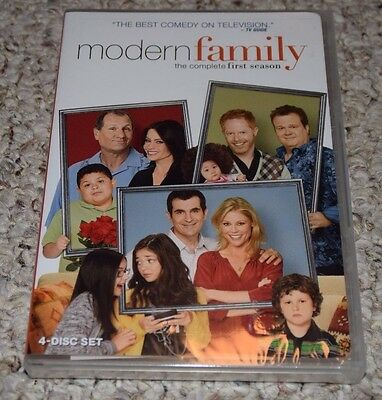 Modern Family: The Complete First Season (DVD, 2010, 4-Disc Set) NEW SEALED