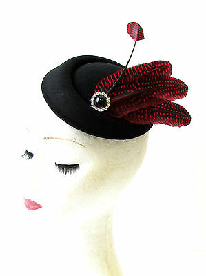 Black Red Spot Feather Pillbox Hat Fascinator Hair Races Vintage Ascot 40s 1662