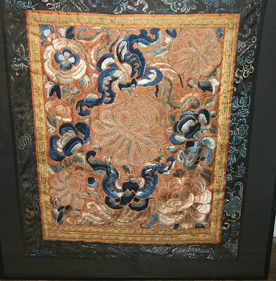 ANTIQUE 19c CHINESE SILK EMBROIDERY A FORBIDDEN STITCH COBALT PANEL 2 FLOWERS