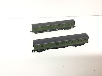 2x Graham Farish N Gauge SR Suburban Coaches