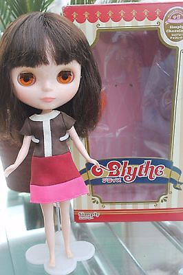 Takara Blythe Simply Chocolate doll boxed clothed excellent condition