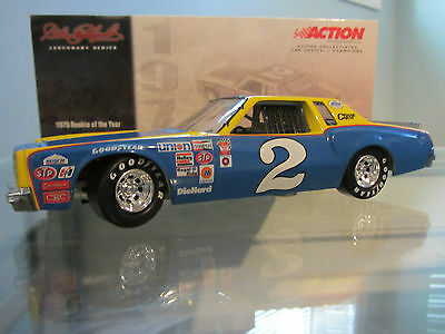 Dale Earnhardt Sr. #2 Rookie of the Year 1979 Monte Carlo 1/24 NASCAR Diecast