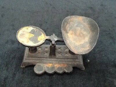 Small Vintage Cast Iron Scale No Weights