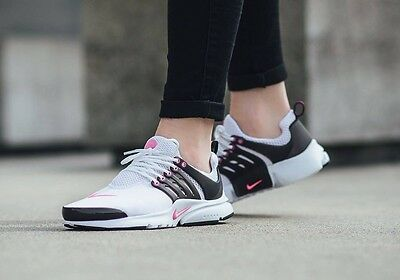 Nike Presto  (GS) Trainers Shoes  833878 105  Black White Pink