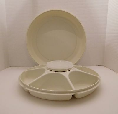 Tupperware vegetable tray, 7 sections including bowl and lid. 1666-1