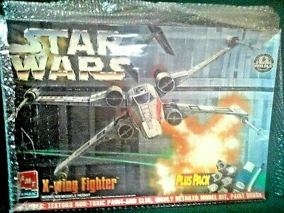 AMT ERTL 8433 X-Wing Fighter Plus Pack  Sealed  Extra Goodies-- Excellent Value!