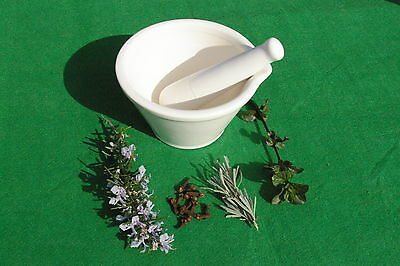 Quality ceramic Pestle and Mortar set from Culpeper, London