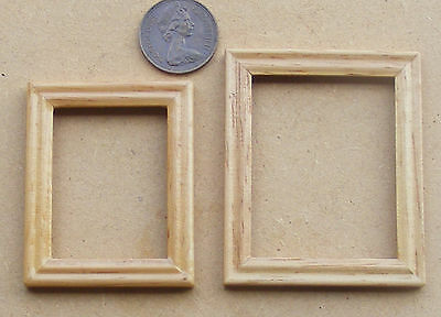 1:12 Wooden Picture Frames (2) With No Acetate Dolls House Miniature Accessory