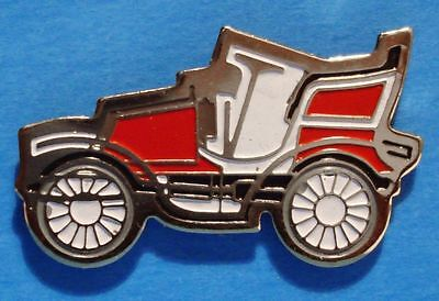 Bianchi Pheaton (1903) - Antique Car - Old Car - Lapel Pin - Hat Pin - #b