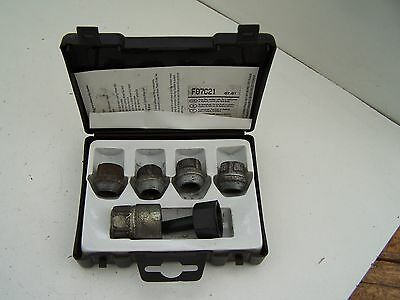 Hyundai Matrix locking wheel nuts (2001-2004)