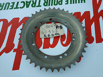 N.O.S couronne 40 DTS  PEUGEOT 104 N  mobylette N.O.S