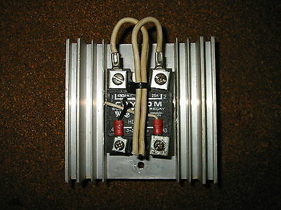 CRYDOM Solid State Relay + Heat Sink, 480V~ 25Amps, HD4825