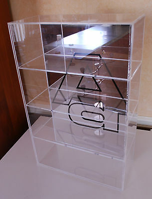 AUTOart Acrylic Display Case Mirror & Logo Back for 4x1:18 Model Cars (90024)