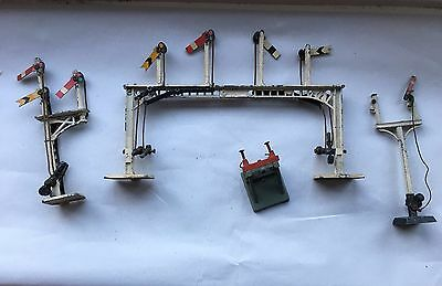 Crescent Toys - Oo Gauge Railway Signals, Buffer - Suit Hornby / Triang /