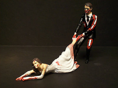 Bloodthirsty ZOMBIE Bloody Horror Bride and Groom WEDDING CAKE TOPPER Funny !