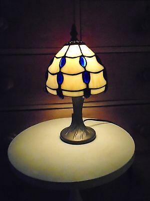 80s RETRO BEDSIDE TIFFANY STYLE TABLE LAMP COBALT BLUE & MARBLED WHITE