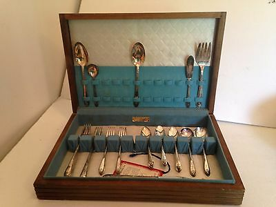 Wm A Rogers Exquisite plus mixed lot silver plate with box 53 pcs.