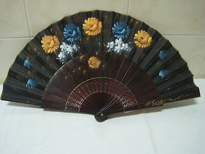 Antique fan in plastic with flowers hand Painted black