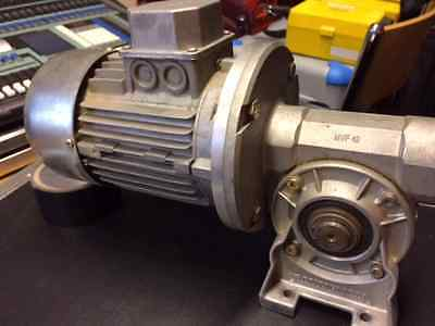 0.5 Kw Electric Motor and Bonfiglioli Gearbox - Motor - motion - control