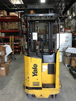 Yale Standup Forklift / Reach truck