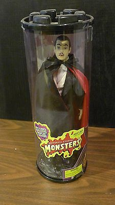 1999 Universal Monsters - Son Of Dracula On Rotating Base - Factory Sealed