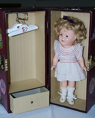 "Excellent 13"" Shirley Temple with Travel Case and Original Outfit"