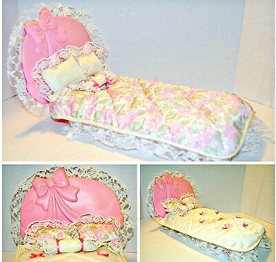 Bed Vintage Barbie Sweet Roses bed Ribbons and Rose 1987 dollhouse Living Pretty