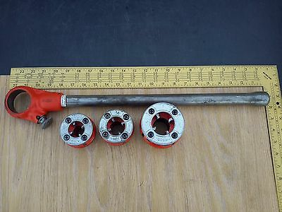 "Ridgid 00-R Manual Handheld Ratcheting Pipe Threader and 3 dies 1/2"" - 3/4"" - 1"""