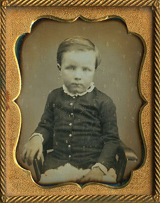 Cute Little Boy He Moved A Bit Fashion Lace Collar Ninth Plate Dag