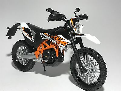 KTM 690 ENDURO R MOTORBIKE scale 1:18 diecast model toy bike car