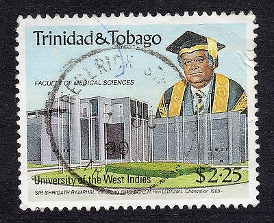 1990 Trinidad & Tobago $2.25 40th Anniv Univ West Indies SG 781 GOOD USED R18190