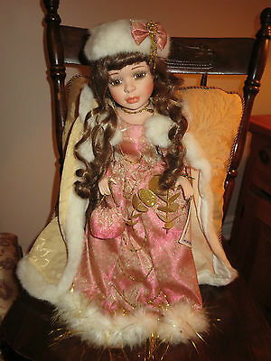 Vanessa by Vanessa Ricardi Porcelain Doll Special Edition Serie 2003
