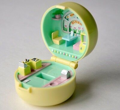 """Vintage Polly Pocket 50s diner ring case town car mini 2"""" compact Bluebird 1991"""