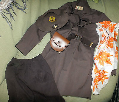 Vintage GIRL GUIDE Uniform Pouch Beret Kerchief Belt Buckle Canada Brown Vintage
