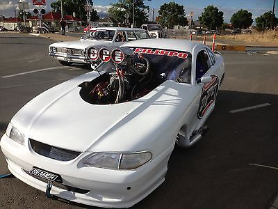 Ford Mustang 2000 Burnout Drag Car