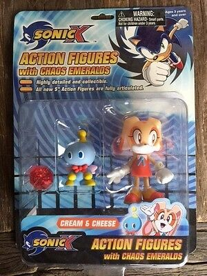 Sonic X Cream the Rabbit and Cheese the Chao with a Chaos Emerald Figures NIB