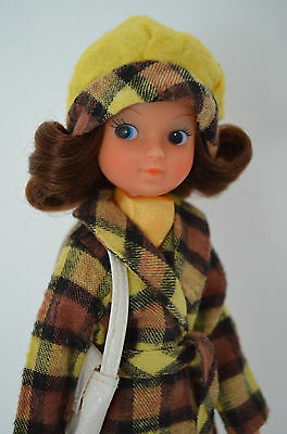 Vintage Brunette Fleur Doll In 1975 Sindy Checky Coat Outfit