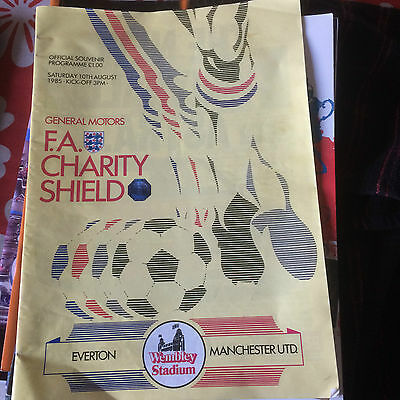 FA Charity Shield Everton  v Manchester United 1985  FREE POSTAGE