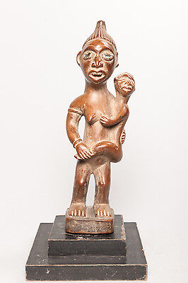 Yombe, Female Figure, D.R. Congo, African Tribal Sculpture