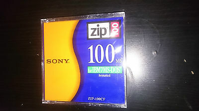 SONY ZIP 100, 100MB for IBM / MS-DOS Formatted, ZIP-100CF, Diskette NEU