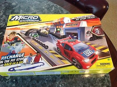 Micro Chargers Pro Racing System Pit Stop Track-NIB