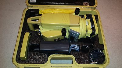 Topcon GPT 2006 Total Station reflectorless