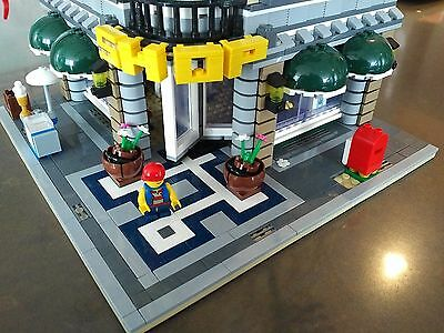 Grand Emporium Modular Building - Compatible with Lego 10211
