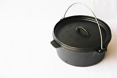 Cast Iron Dutch Oven 5L (with pot stand and lid lifter)