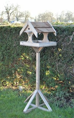 New Wooden Bird House Table Table Stand Small Feeding Station Garden Home