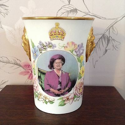 Sutherland Ltd Edition of 500 Queen Mother 90th Birthday Beaker Lions Head Sides