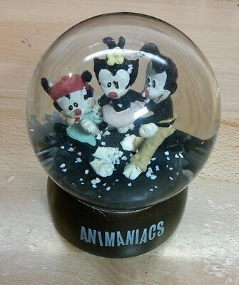 RARE Animaniacs Warner Bros  Limited Edition snow globe water globe VINTAGE 1994