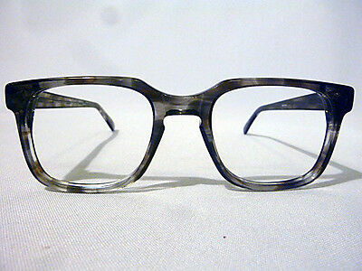 Vintage Bold Men's Eyeglass Frame in Driftwood with Keyhole in size 54-22 - NOS